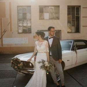 Autodekoration für die Hochzeit
